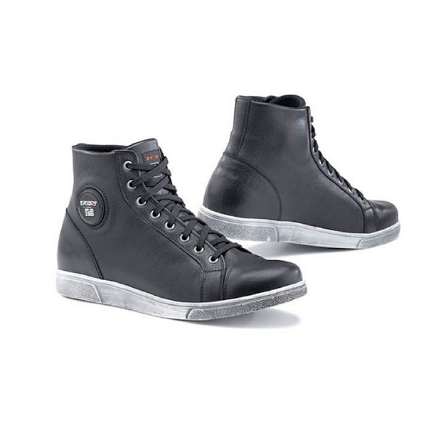 TCX X-Street WP Boots