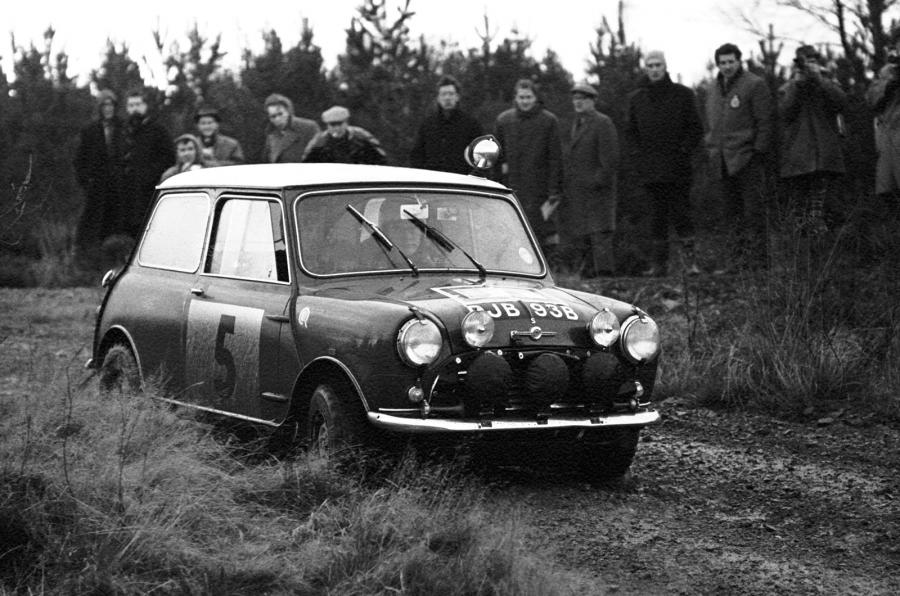 Mini Cooper S 1963 - King of Fuel